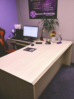Office suite of furniture!! for Sale in Woodbridge, VA