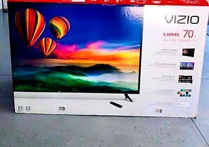VIZIO SMART 4K TV ULTRA HD 70 INCH   590 for Sale in Chicago, IL - OfferUp
