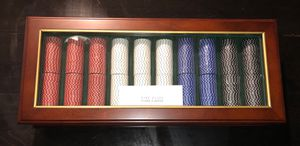 Poker Chip Cherry Wood and Glass Display Case! Engraving plate and never used. for Sale in Alexandria, VA