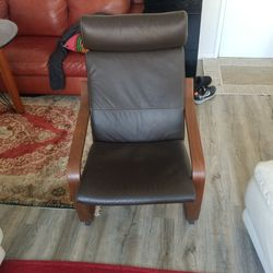 Brown Chair Thumbnail