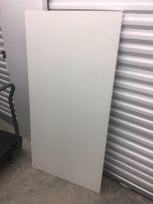 Ikea white top for Sale in Miami, FL
