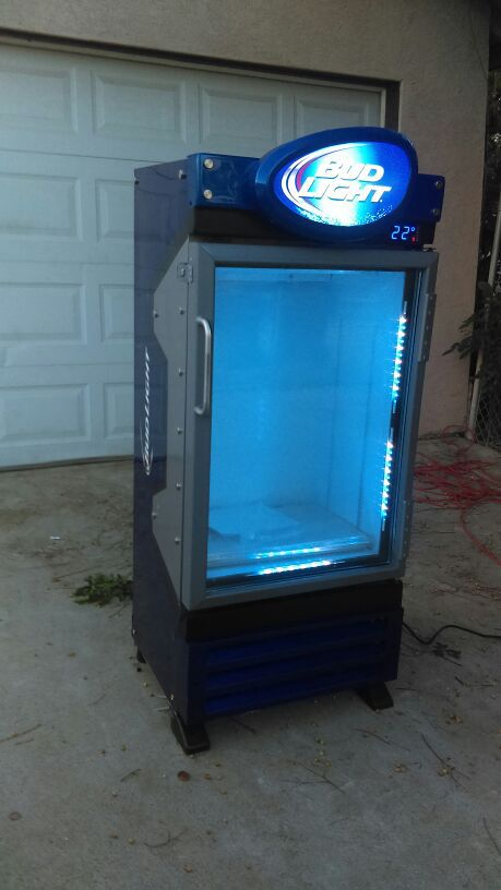 5 foot Bud Light commercial refrigerator great for man cave for Sale in  Riverside, CA - OfferUp