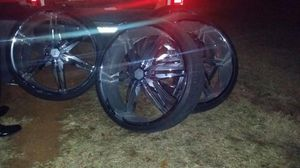 """Photo 30 inch Estrella chrome rims for sell """"NOT THE TRUCK"""""""
