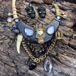 Photo Gold necklace