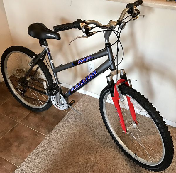 """Raleigh M30 mountain bike. 19"""" Excellent condition for ..."""