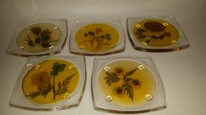 Vintage set of 5 coasters w/feet for Sale in Orlando, FL
