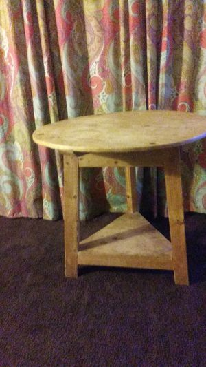 Round Wooden Table for Sale in Los Angeles, CA