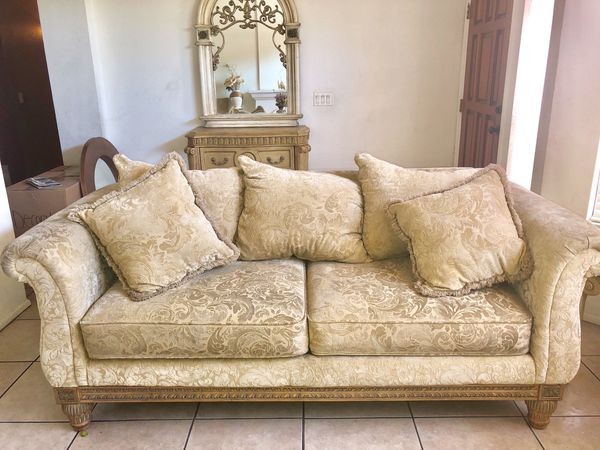 Ashley Furniture Norths Collection Sofa Set Pick Up Only Avondale Az