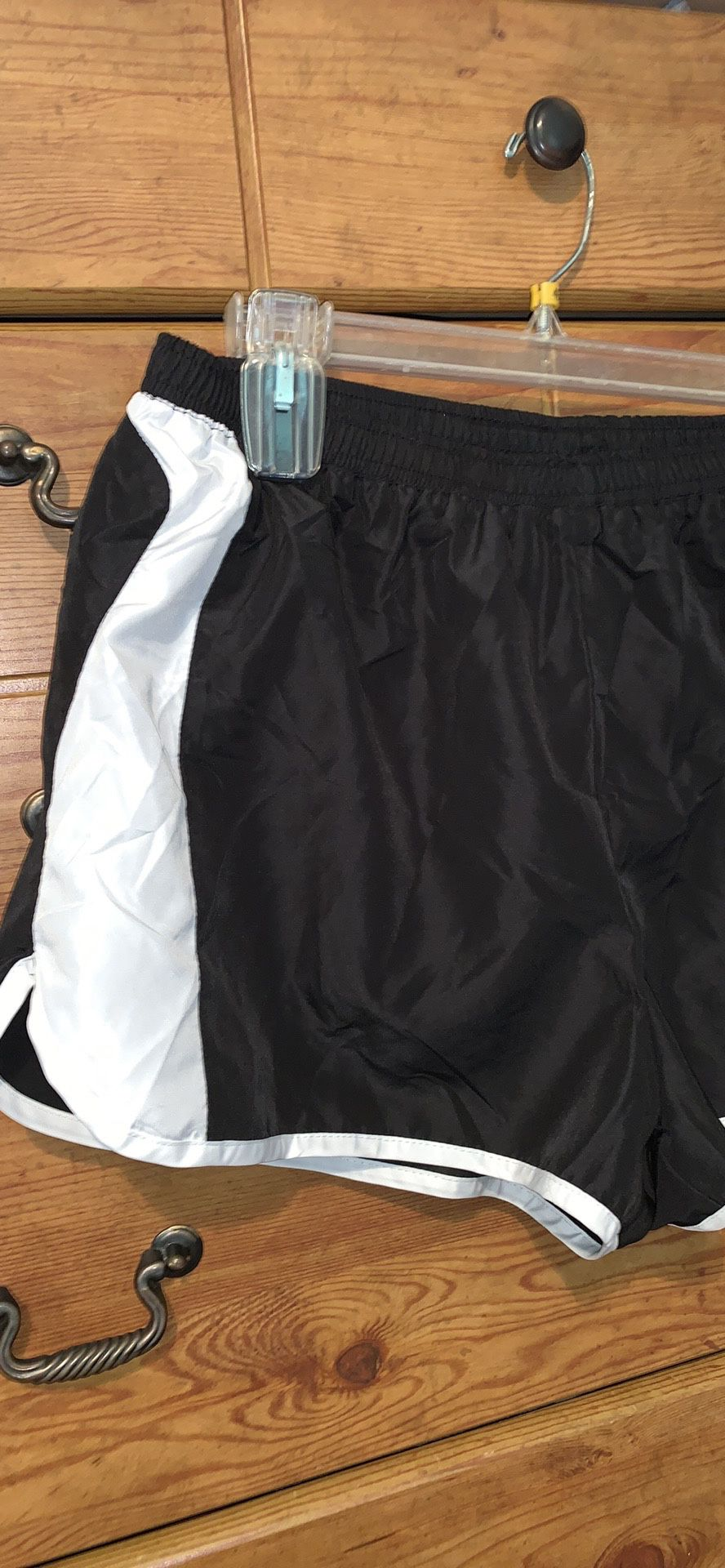 """""""Be Inspired"""" women's athletic shorts size L"""