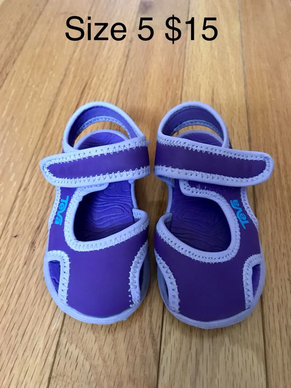 1029f43f7213 Teva toddler water sandals  15 for Sale in Herndon