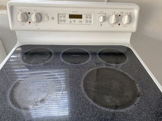 Oven, Dishwasher And Two Microwaves  Thumbnail