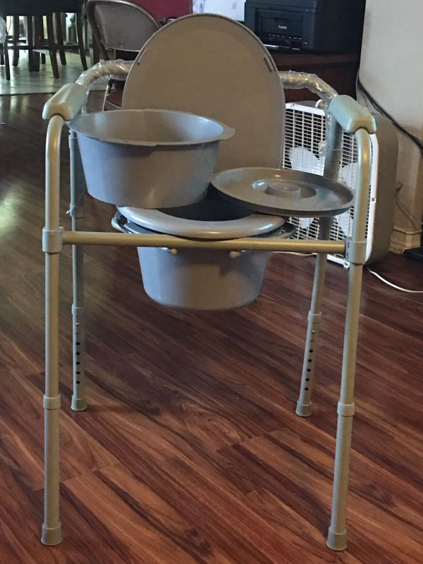 Brand new with tags~ 3 in 1 ~bedside commode for Sale in San Antonio ...