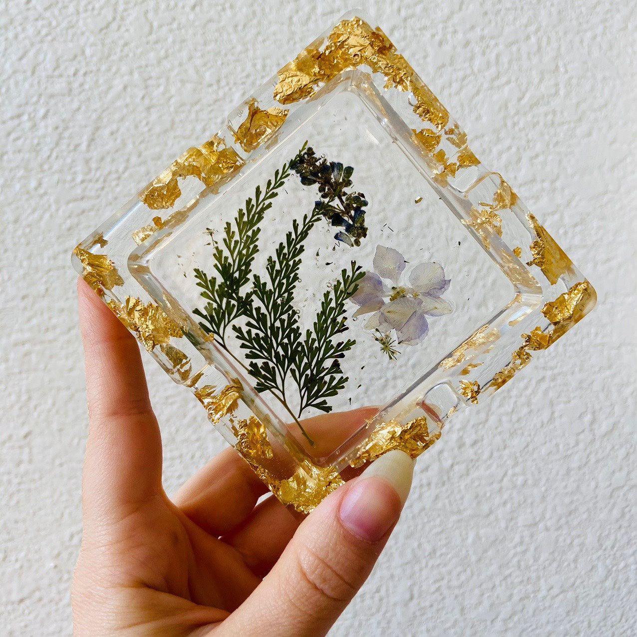 Handmade Pressed Flowers Nature Lilac Gold Resin Ashtray Decor Art Mold