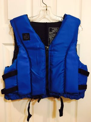 New XL Life Jacket Vest with Zipper and Adjustable Straps for Sale in Chicago, IL