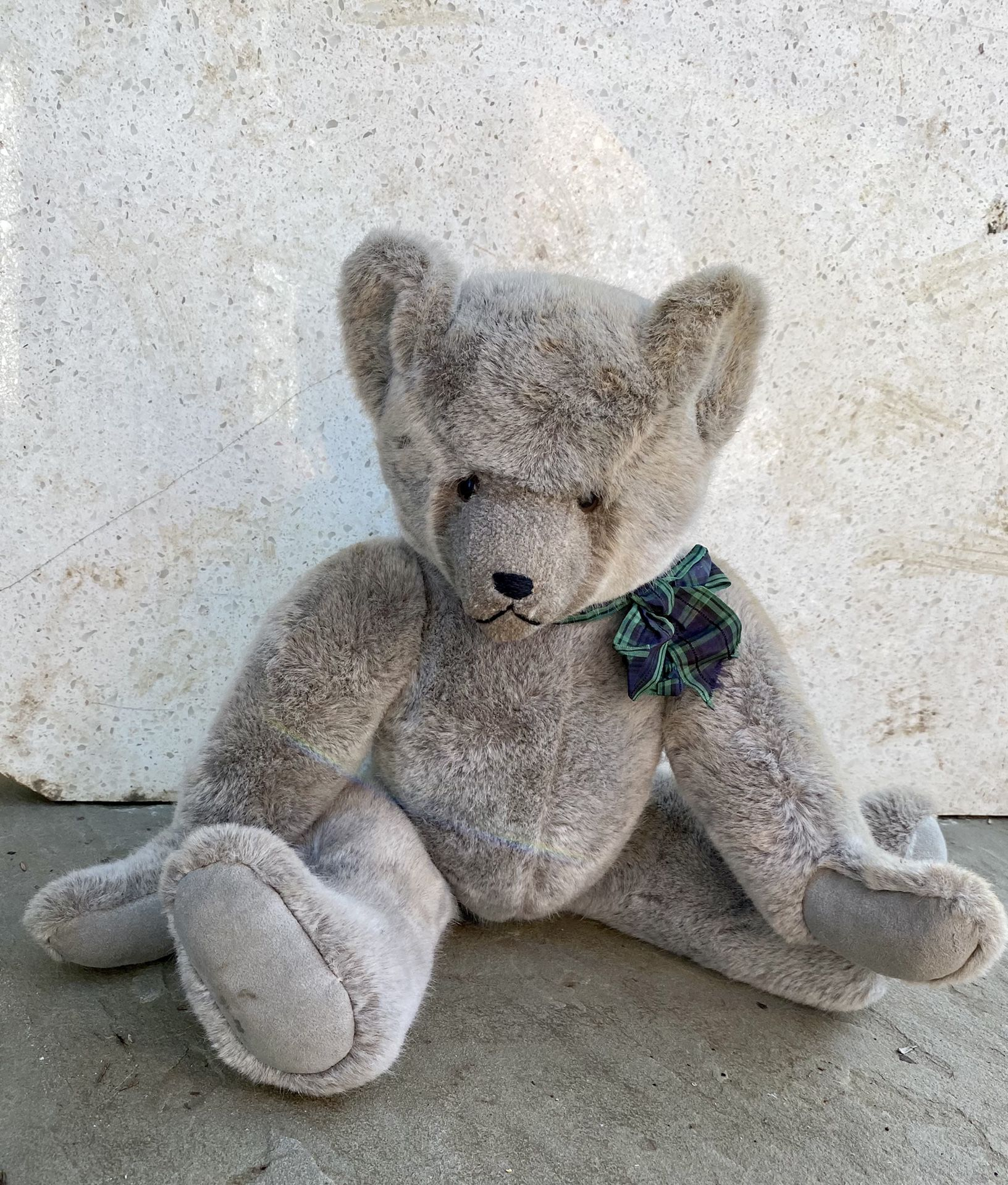 Vintage 1930s Wind Up Teddy Bear..Marked 1 out of 581