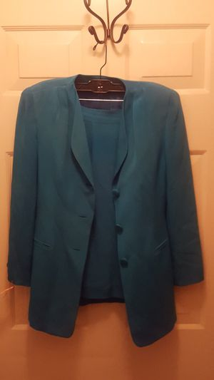 Jacket and Pencil Skirt for Sale in OR, US