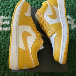 New DS Size 8.5 And 9.5 Jordan 1 Pollen Low  Thumbnail