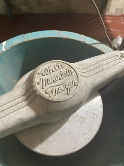 1923 6 qt ice cream maker Thumbnail
