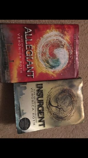 Allegiant and insurgent books for Sale in Phoenix, AZ