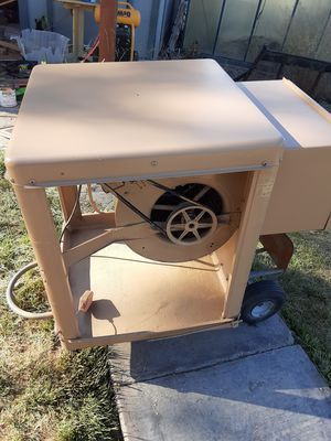 Photo Reconditioned window swamp cooler