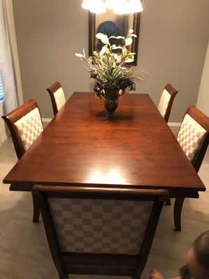 Formal Dinning Table For Sale In Houston TX