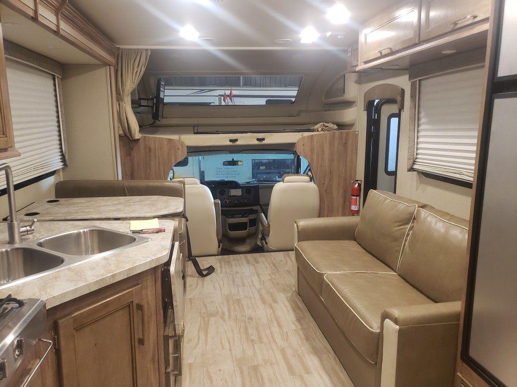 Odyssey Entegra Motorhome RV 2019 31F Model