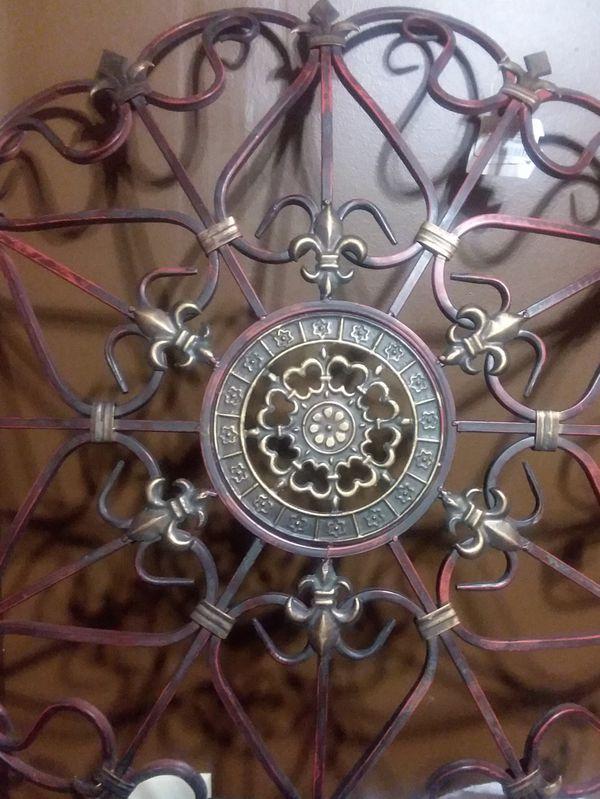 Deco 79 large metal snowflake for Sale in Murfreesboro, TN ...