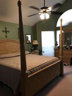 King bed frame Thumbnail