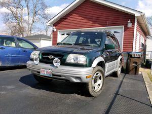 1999 Suzuki Grand Vitara 5 speed for Sale in Melrose Park, IL