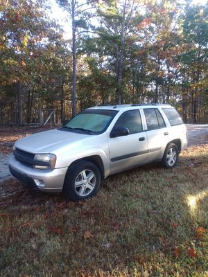 2005 chevy trailblazer is Low miles!! Drives great for Sale in Holly Springs, NC