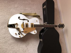 Electric guitar for Sale in Springfield, VA