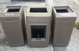 3 New Trash Cans, one with squeegee for Sale in Tampa, FL