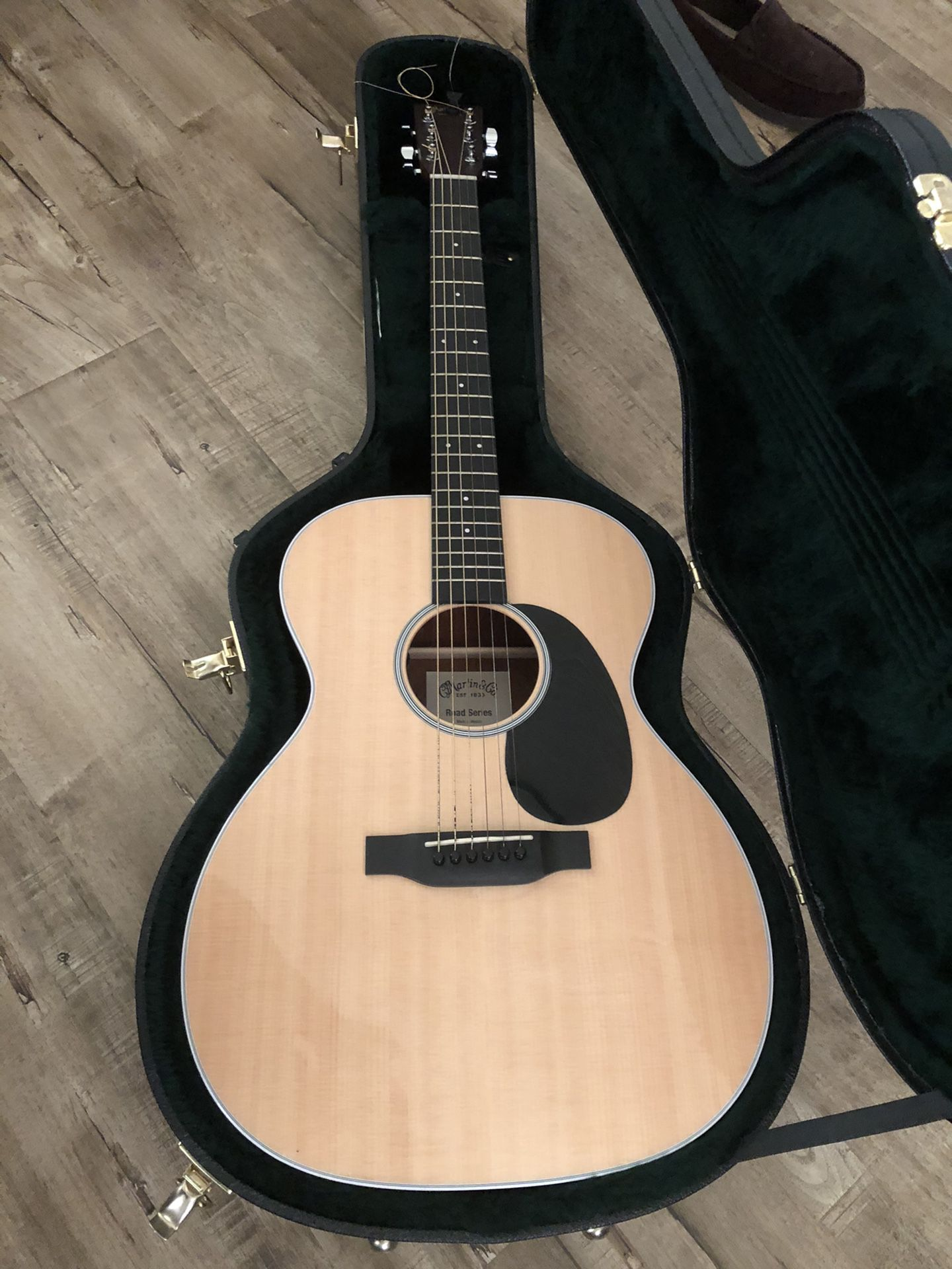 Martin Acoustic/Electric guitar
