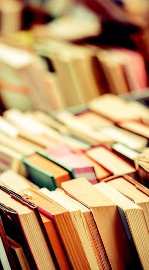 Books for Sale in Scottsdale, AZ