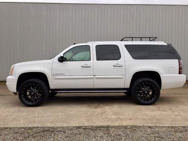 "Lifted Trucks For Sale In Nc >> 2007 Yukon Denali XL 4X4 ( Suburban / Escalade ) Lifted 20"" Off Road Wheels! for Sale in ..."