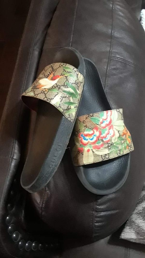 03a5d3b27 Gucci slides sz.11 for Sale in Frisco