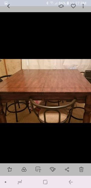 Table and chairs for sale  Tulsa, OK