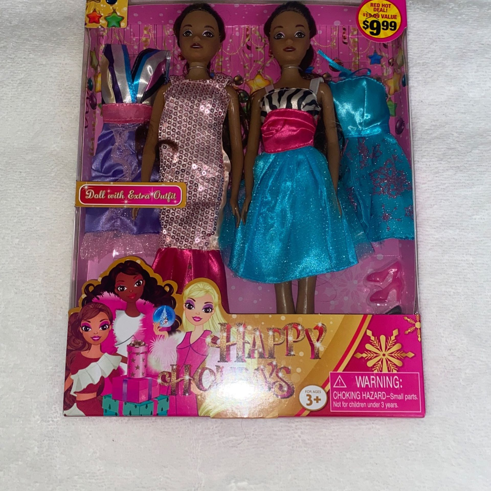Set Of 2 Dolls With Extra Outfits