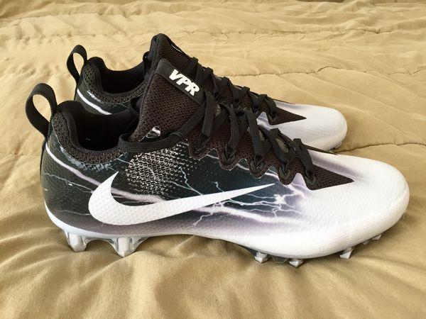 0f2aeea4f5e8 Nike Vapor Untouchable Pro Lightning Football Cleats Black 847102-001 Mens  Sz 10 NEW for Sale in Tempe, AZ - OfferUp