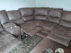 Photo Brown sectional couch w 3 recliners leather brand new too big for my living room cant afford the payments very nice good quality