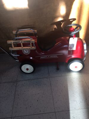 Radio flyer kids push cart fire engine number 9 for Sale in Severn, MD