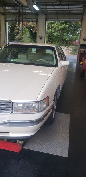 96 Cadillac deville concours for Sale in Alexandria, VA