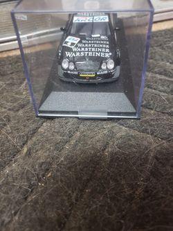 Mercedes-Benz minichamps 1/43 Thumbnail