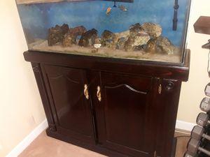 90 gallon Fish tank for Sale in Manassas, VA