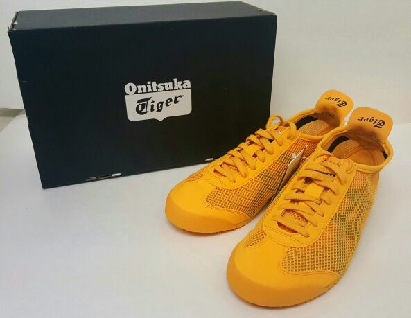 official photos 1ca05 e20d2 Brand New Onitsuka Tiger Mexico 66 Shoes Gold/Black D508N Mens for Sale in  Milpitas, CA - OfferUp