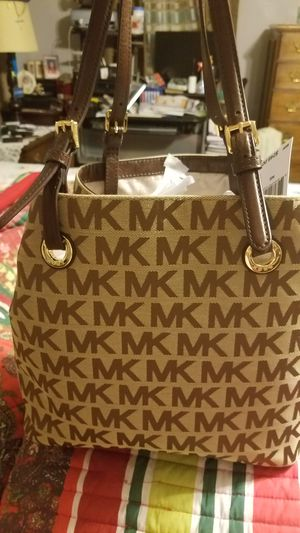 Used Michael Kors Handbags >> New And Used Michael Kors For Sale Offerup