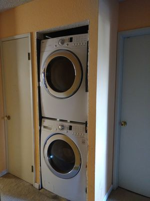 LG dryer and washer for Sale in Hayward, CA