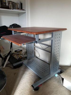 Computer desk for Sale in Lorton, VA