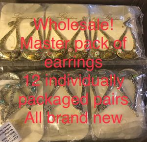 Wholesale! 12 pairs of earrings NWT! for Sale in Martinsburg, WV