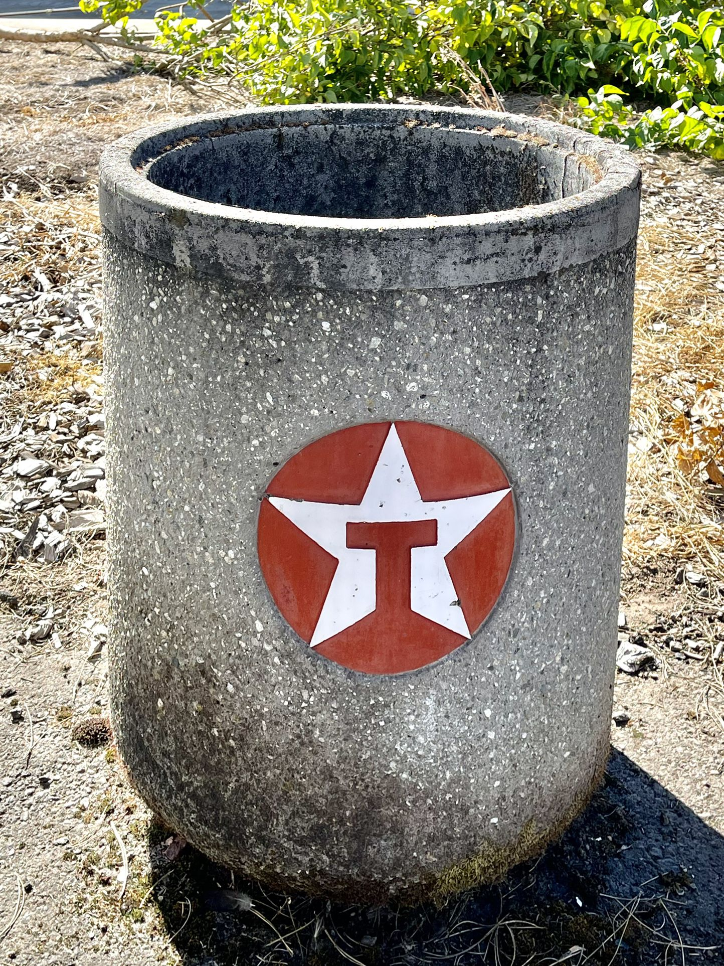 Concrete garbage  Containers